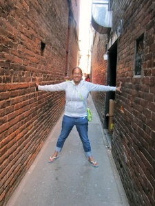 "Fan Tan Alley - the narrowest street in Canada - only 35"" wide at one end"